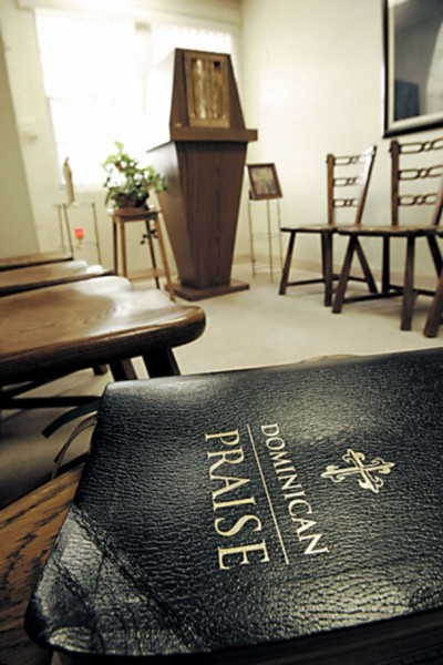 Dominican Praise book in a chapel in TX credit Wilfredo Lee AP photo